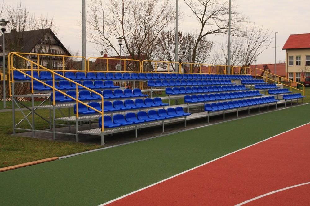 Trybuny stacjonarne na boiska zewnętrzne